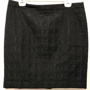 LOFT PETITES Textured Houndstooth Style Mini Skirt